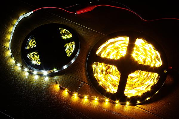 テープ LED 電球色