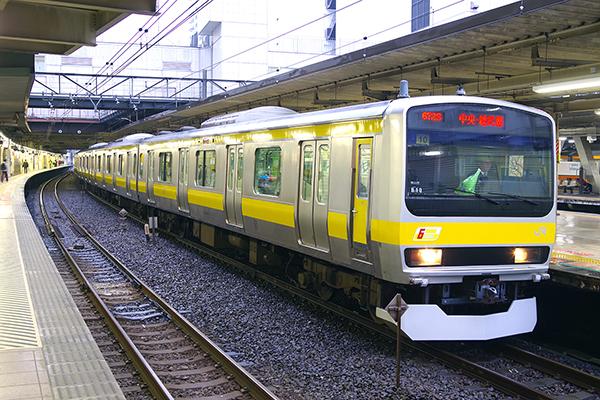 E231系0番台 立川駅4番線