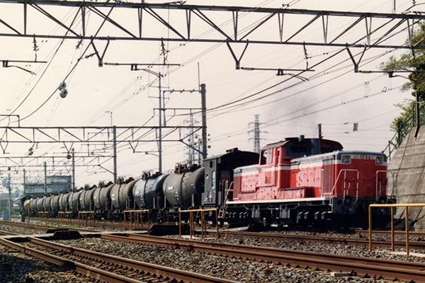 総武線 成田空港燃料輸送列車 (DD51+タキ40000+ヨ8000)
