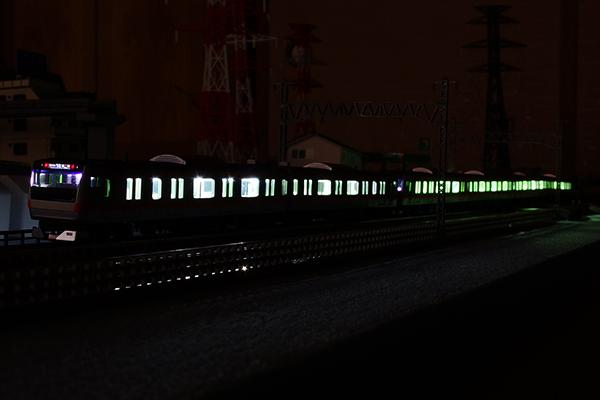 KATO 11-212 装着 KATO 10-542+自作テープ LED 室内灯装着 KATO 10-541 E233系0番台 中央線