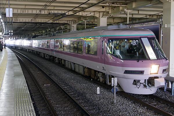 485系 リゾートエクスプレスゆう 立川駅 待避線
