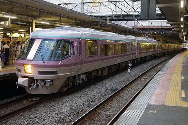 485系 リゾートエクスプレスゆう 立川駅 3番線