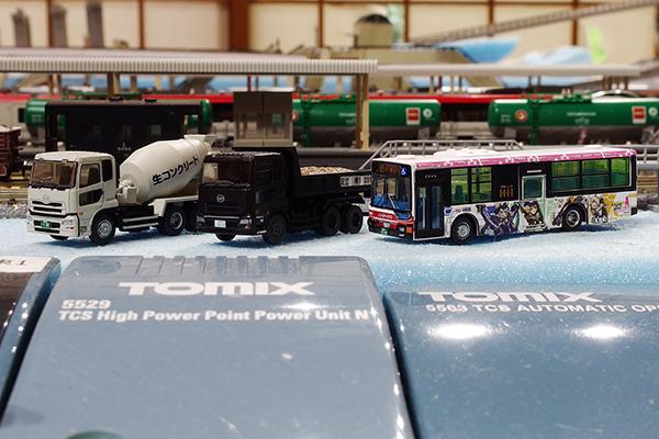TOMYTEC 立川バスフレームアームズ・ガールラッピングバス,THE トラックコレクション ダンプ車・ミキサー車セットB