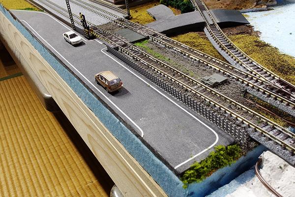 バックストレート脇の新設道路