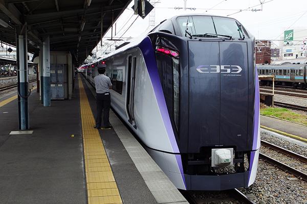 E353系 松本駅 2番線