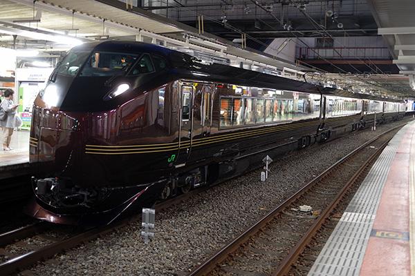 E655系 立川駅 3番線