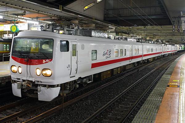 E491系+マヤ50 5001 立川駅 5番線
