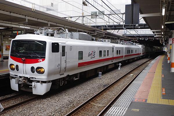 E491系+マヤ50 5001 立川駅 3番線