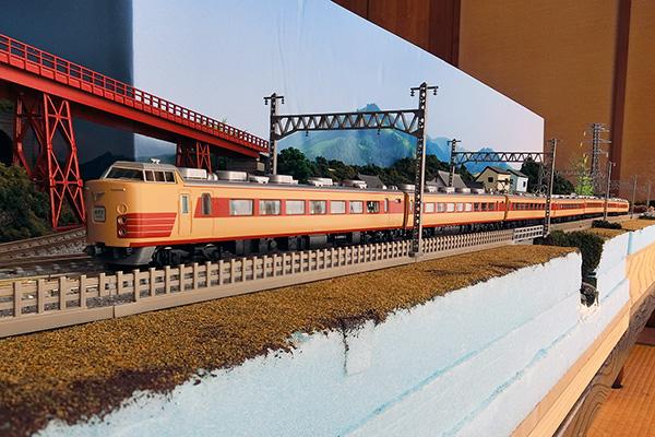 TOMIX 92518 国鉄 183-1000系特急電車基本セット・TOMIX 92520 国鉄 183-1000系特急電車(前期型)増結セットT