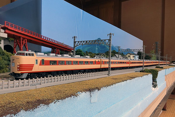 TOMIX 92518 183系1000番台特急電車 基本セット+TOMIX 92520 国鉄 183-1000系特急電車(前期型)増結セットT+TOMIX 98601 JR 189系電車 (M51編成・復活国鉄色) セット