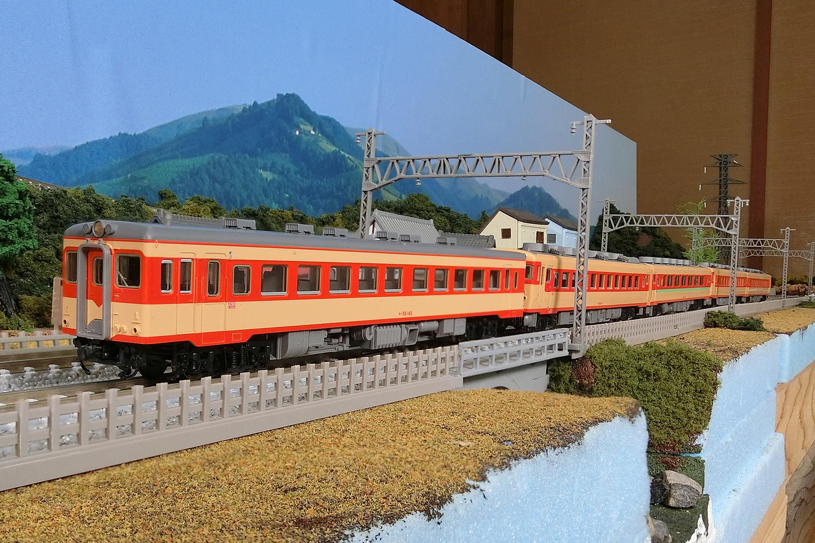 TOMIX 8472 キハ55 初期急行色 一段窓+KATO 10-1464 キハ58系 4両セット