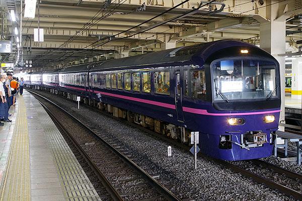 9351M お座敷 青梅奥多摩号 485系「華」立川駅 待避線